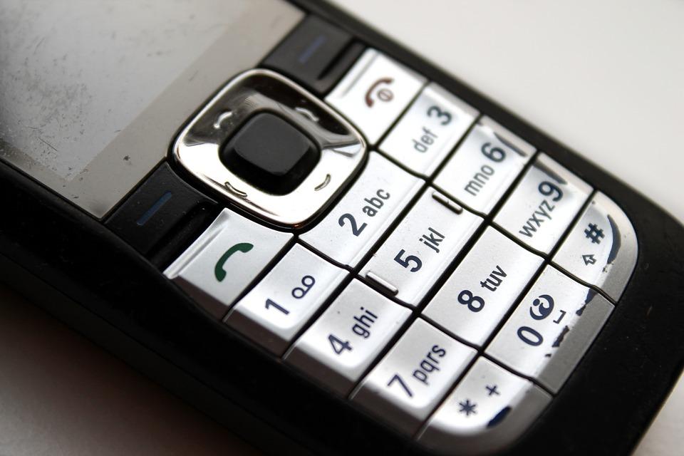 Co se starým mobilem? Máte několik možností