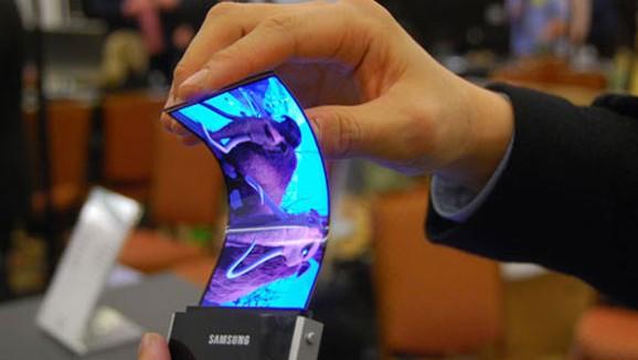 Galaxy Note 2 se možná dočká ohebného displeje