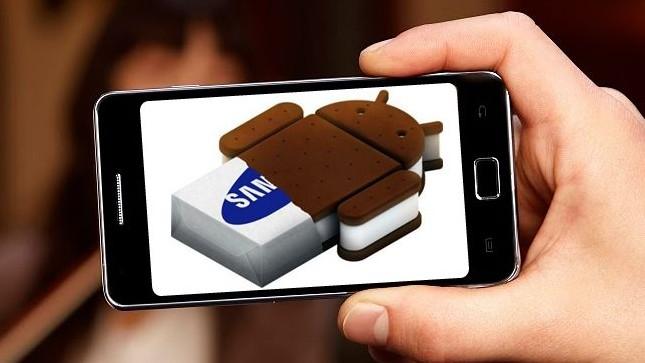 Galaxy SII: Zkušenost s tragickým přechodem na Ice Cream Sandwich